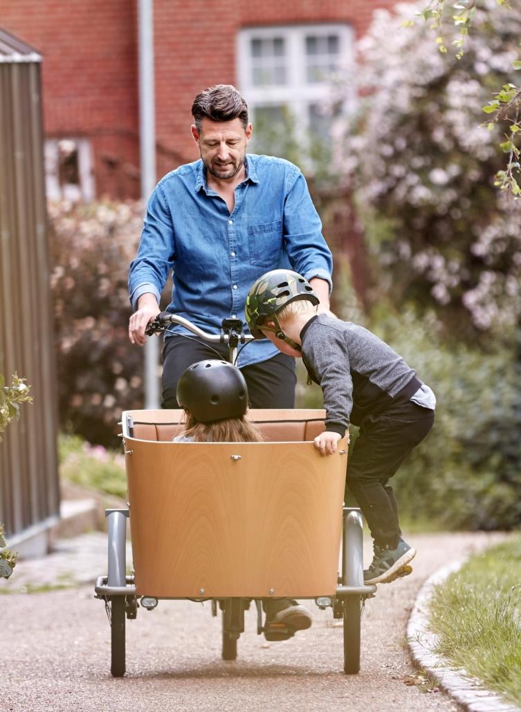 Transport af børn er en ren fornøjelse med elektrisk ladcykel fra Siigar Bikes